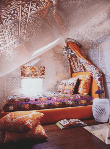 Bohemian ceiling design ideas for small bedroom