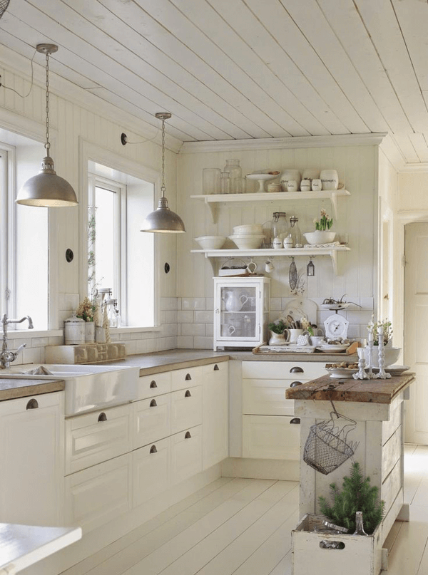 Classic vintage farmhouse white kitchen design ideas