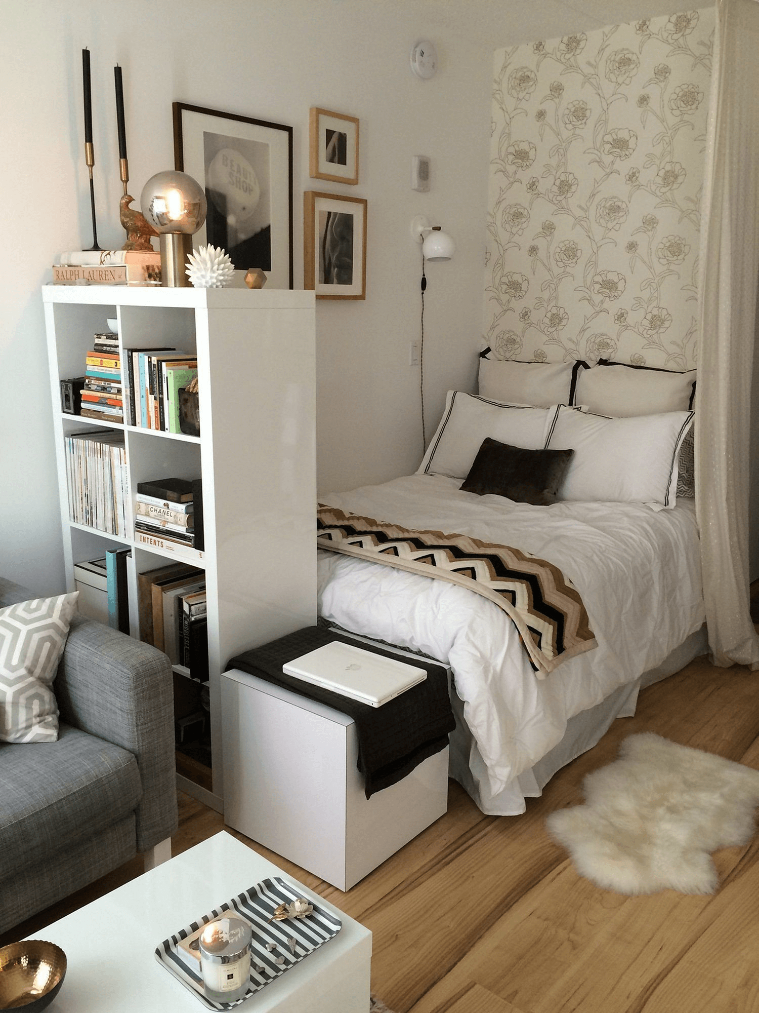 Small bedroom decor on budget
