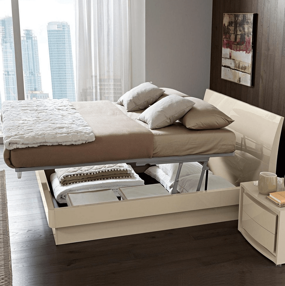 Tiny bedroom ideas for couples storage