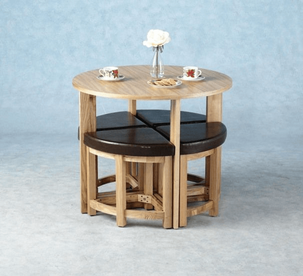 Tiny table and chairs space saving