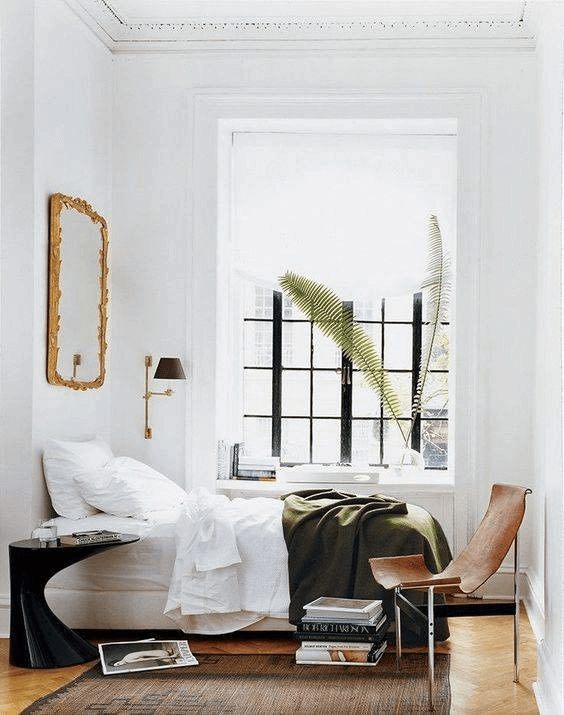 6. TINY HOUSE BEDROOM DECORATION WITH MIRROR