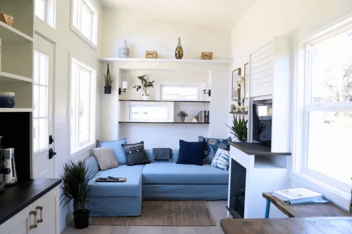 TINY HOUSE LIVING ROOM DESIGN IDEAS WITH NATURAL LIGHTING