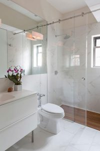 BATHROOM REMODEL IDEAS GLASS SHOWER DOOR
