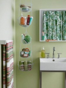 DANGLING BASKET SMALL BATHROOM STORAGE IDEAS