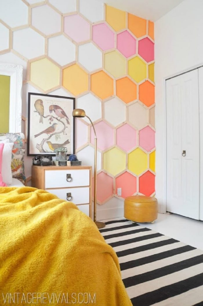 HONEYCOMB WALL DECOR IDEAS FOR TEENAGE GIRL BEDROOM SMALL SPACE