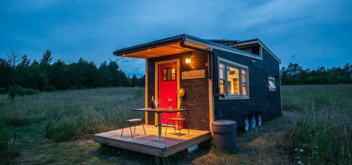 DISADVANTAGE TINY HOUSE LIVING