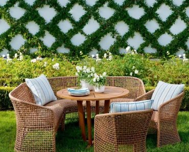 LOW COST MAINTENANCE DINING SET OUTDOOR FOR SMALL SPACE