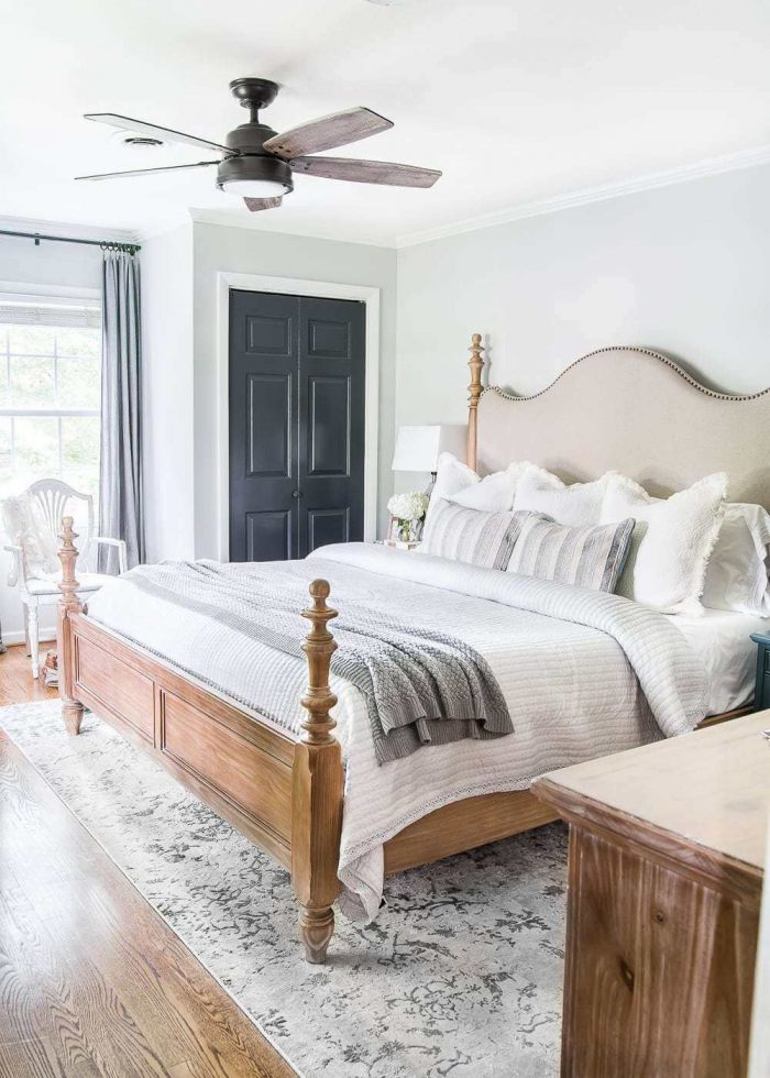 HOW TO MAKE A SMALL HOUSE FEEL BIGGER WITH BIG SIZE OF FURNITURE
