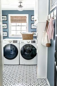 HOW TO MAKE A SMALL HOUSE FEEL BIGGER WITH CLEANING OR DECLUTTER