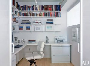 WHITE FRESH SMALL HOME OFFICE DESIGN WITH LIBRARY