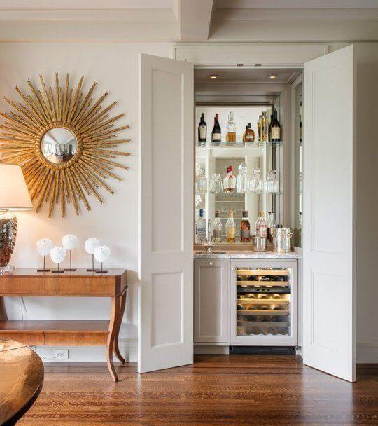 MINI BUILT-IN BAR CABINET DESIGN FOR SMALL HOME