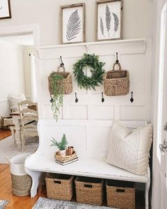 SEAT ANS STORAGE DECORATIN FOR SMALL HOUSE ENTRYWAY IDEAS