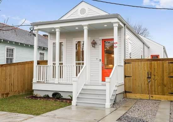 SMALL HOUSE EXTERIOR COLORS PURE WHITE