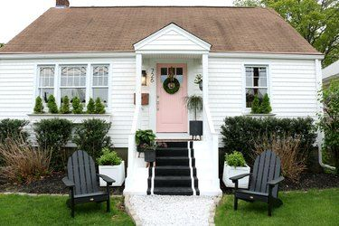 SMALL HOUSE EXTERIOR COLORS WHITE AND SOFT PINK